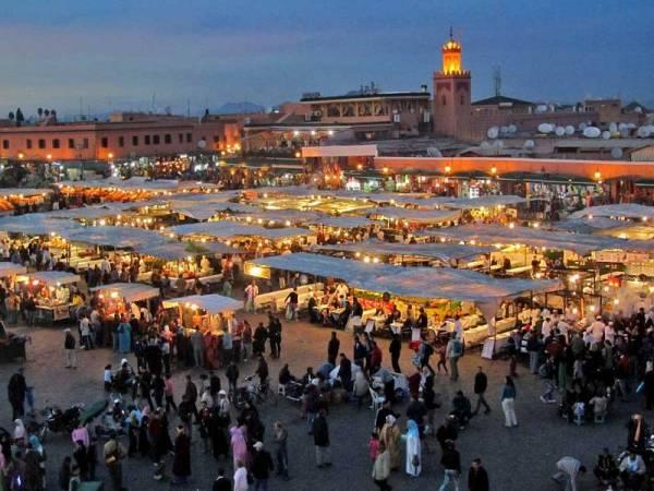 Morocco Tour, Djemaa el Fna, Marrakech