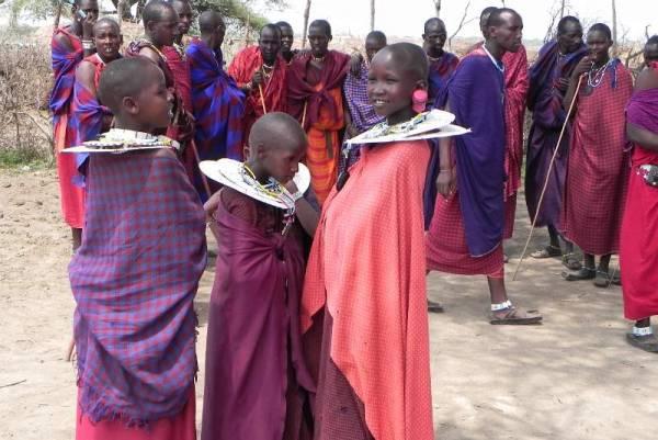 Maasai Boma Safari, Traditional Dress