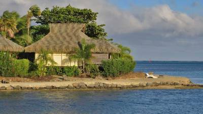 Beach Bungalow, InterContinental Moorea Review