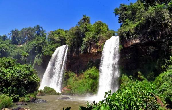 Dos Hermanos, Two Brothers, Iguazú Falls Argentina Visit