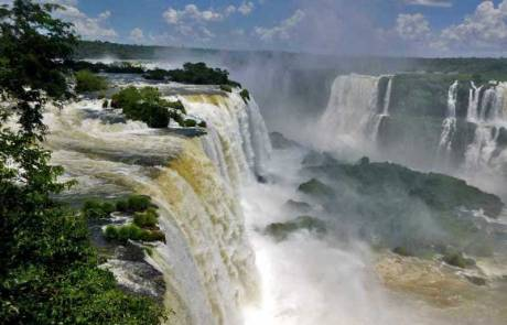 Iguaçu Falls, Top of Brazilian Side