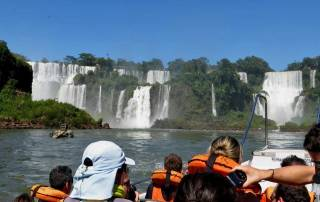 Iguazú Falls Argentina Visit, River Cruise Approach