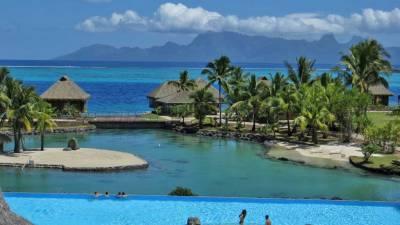 InterContinental Tahiti Review, Tropical Fish Lagoon and Infinity Pool