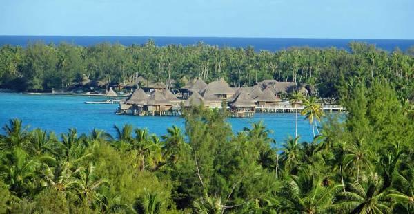 Kia Ora Resort, view from Oceania Marina, Rangiroa Shore Excursion