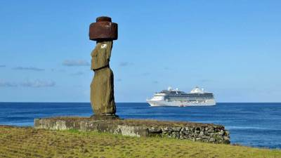 Oceania Marina Review, Easter Island
