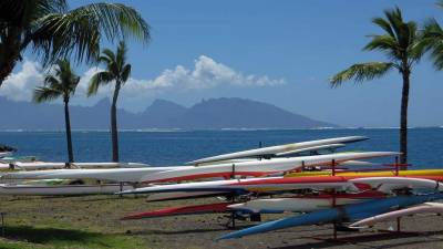 Outriggers, Moorea Background, Visit Tahiti