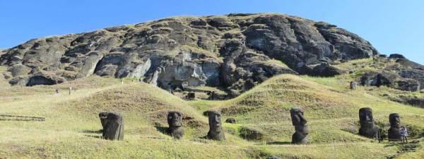 Quarry, Rano Raraku, Easter Island Shore Excursion