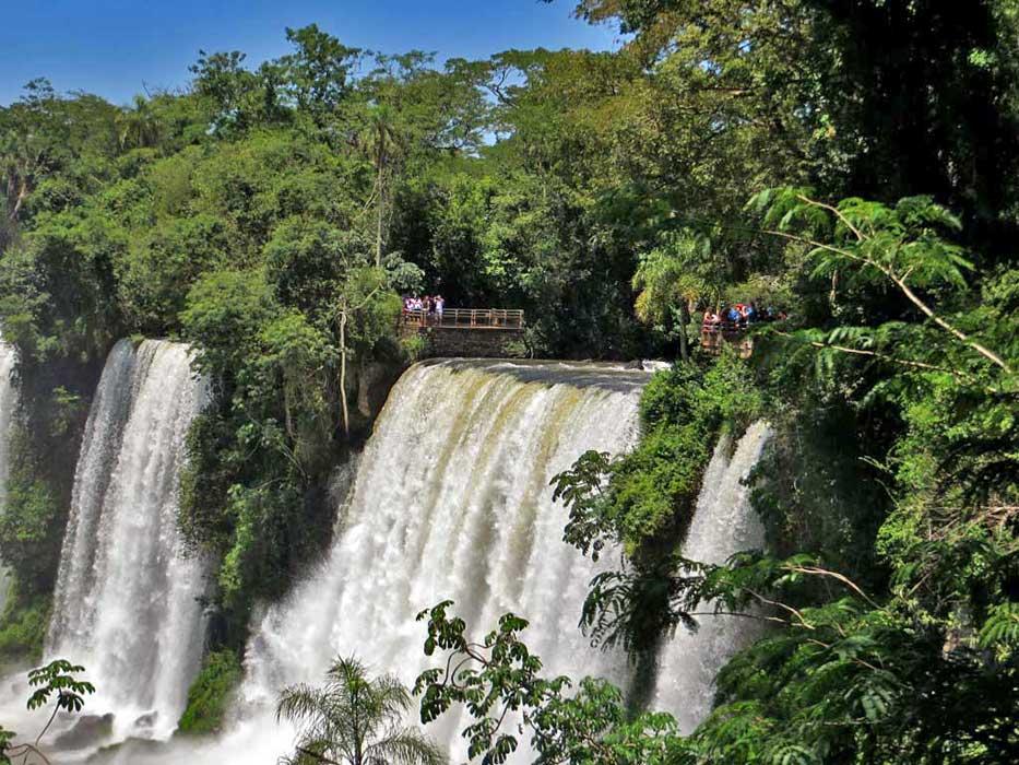 Salto Bossetti Waterfall, Iguazú Falls Argentina Visit