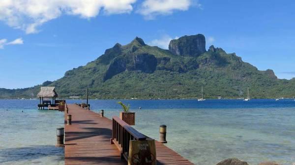 Bloody Mary's Dock, Mt Pahia on left, Mt Otemanu on right, Visit Bora Bora