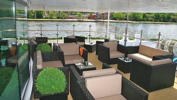 Front Deck Lounge, Avalon Waterways