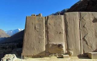 Giant Stone Blocks, Inca Ruins, Ollantaytambo Visit