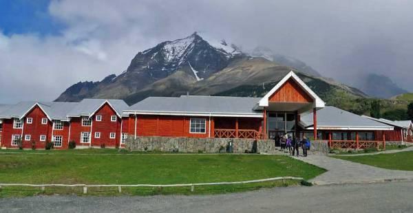 Hotel las Torres Patagonia, Start of Las Torres Trail, Visit Torres del Paine