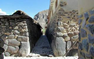 Inca Ruins in Town and on the Hill, Ollantaytambo Visit