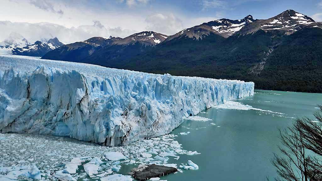 Perito Moreno Ice Flows, Perito Moreno Glacier Tour