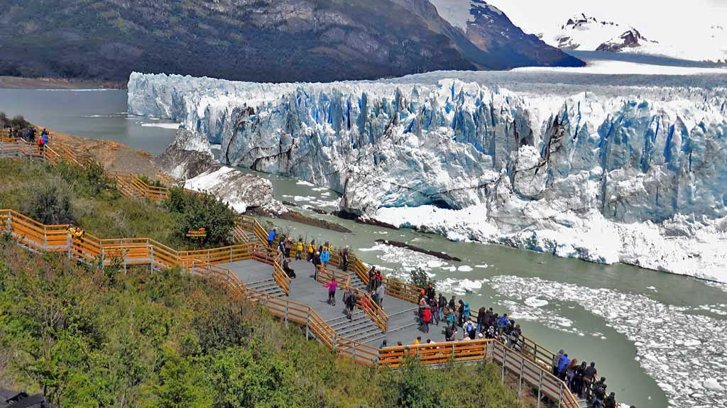 Viewing Area, Perito Moreno Glacier Tour