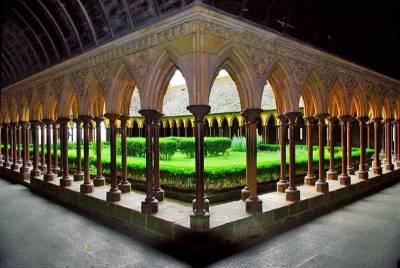 Cloister, Abbey, Visit Mont St-Michel