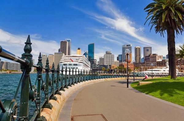 Dawes Point Park, Cruise Ship Terminal, Visit Sydney, Australia