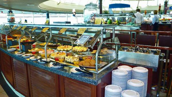 Dessert Counter, Windjammer Buffet, Rhapsody of the Seas Tour