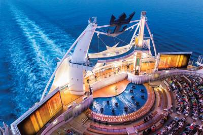 Harmony of the Seas, Aqua Theater, Royal Caribbean International