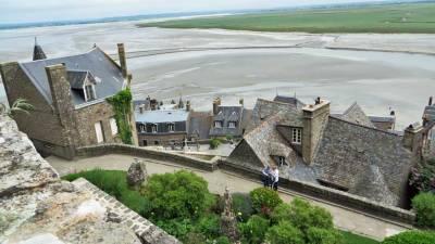 Visit Mont St-Michel, Tide Out