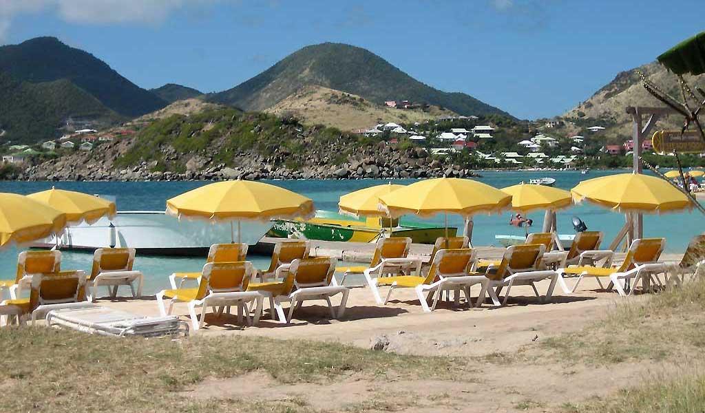 Pinel Island Beach Umbrellas, Pinel Island Snorkel, St Martin