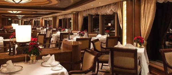 Queens Grill Restaurant, Queen Elizabeth, Cunard Line