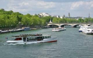 Seine River Cruise, Paris Visit