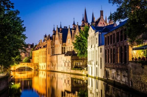 Bruges Canal at Night, Visit Bruges