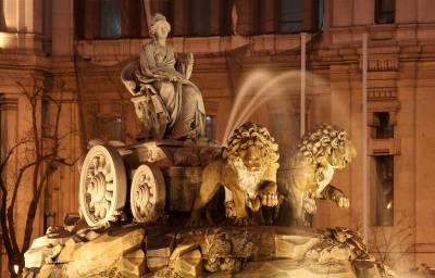 Cibeles Fountain, Visit Madrid