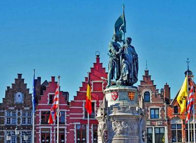 Jan Breydel and Pieter de Coninck Statue, Market Square, Visit Bruges