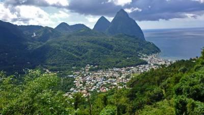 Pitons, Soufrière, Visit St Lucia