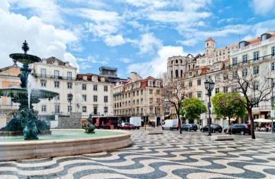 Rossio Square, Baixa, Visit Lisbon