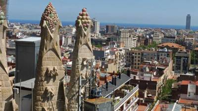 Sagrada Familia, Passion Tower View, Barcelona Tour