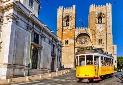 Tram 28, Lisbon Cathedral, Visit Lisbon