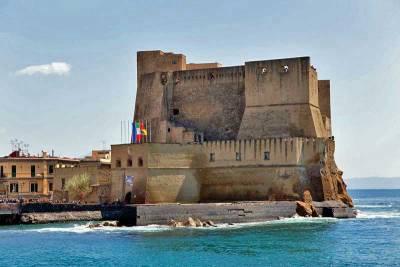 Egg Castle, Castel dell Oovo, Visit Naples