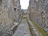 One Way Chariot Street, Pompeii Day Trip