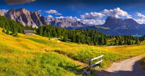 Pizes de Cir, Sassolungo, Val Gardena, Visit the Dolomites