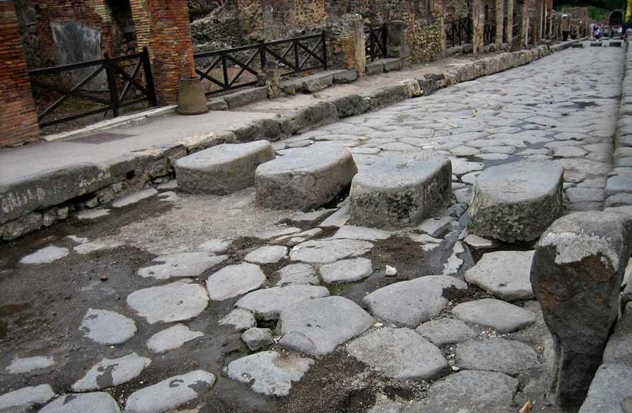 Pompeii Stones set for Chariot Wheels, Pompeii Day Trip