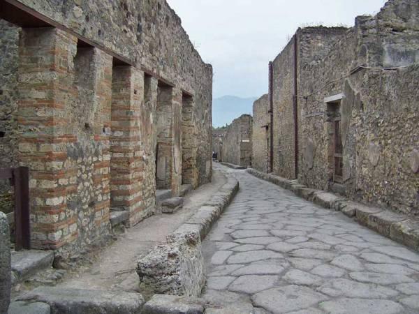 Pompeii Street, Pompeii Day Trip