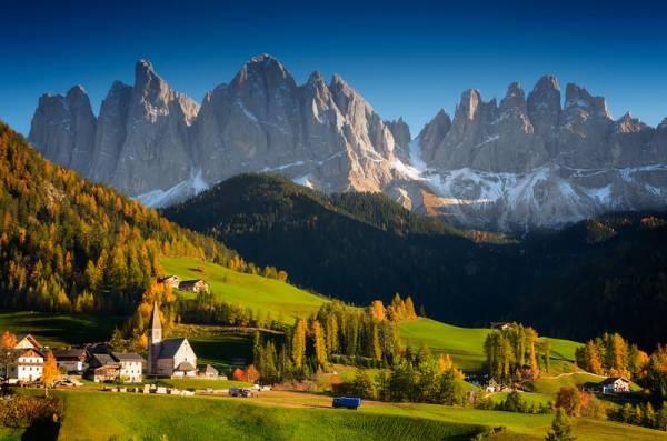 St Magdalena, Puez Geisler, Visit the Dolomites