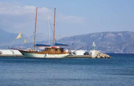 Agios Nikolaos Marina, Agios Nikolaos Visit