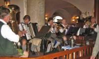 Bavarian Musicians, Hofbrauhaus, Visit Munich
