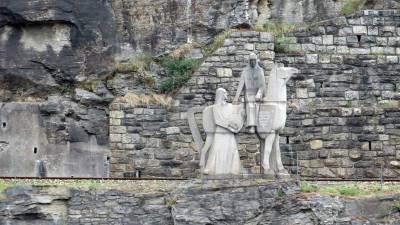Blondel de Nesle Statue, Danube River, Visit Dürnstein