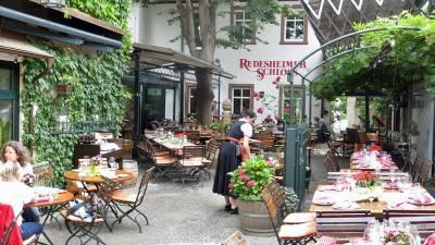 Breuers Rudesheimer Schloss, Drosselgasse Alley, Visit Rüdesheim