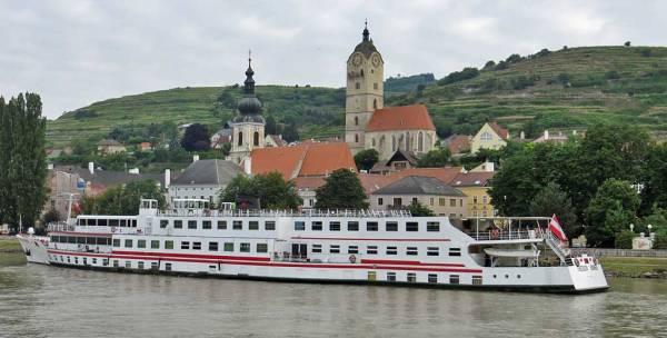 Krems, River Cruise Ship, Wachau Valley