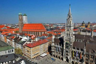 Marienplatz, New Town Hall, Frauenkirche, Visit Munich