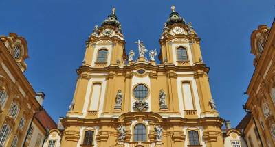 Melk Abbey Church Towers, Visit Melk