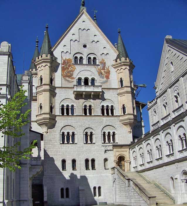 Neuschwanstein Castle Exterior, Visit Füssen