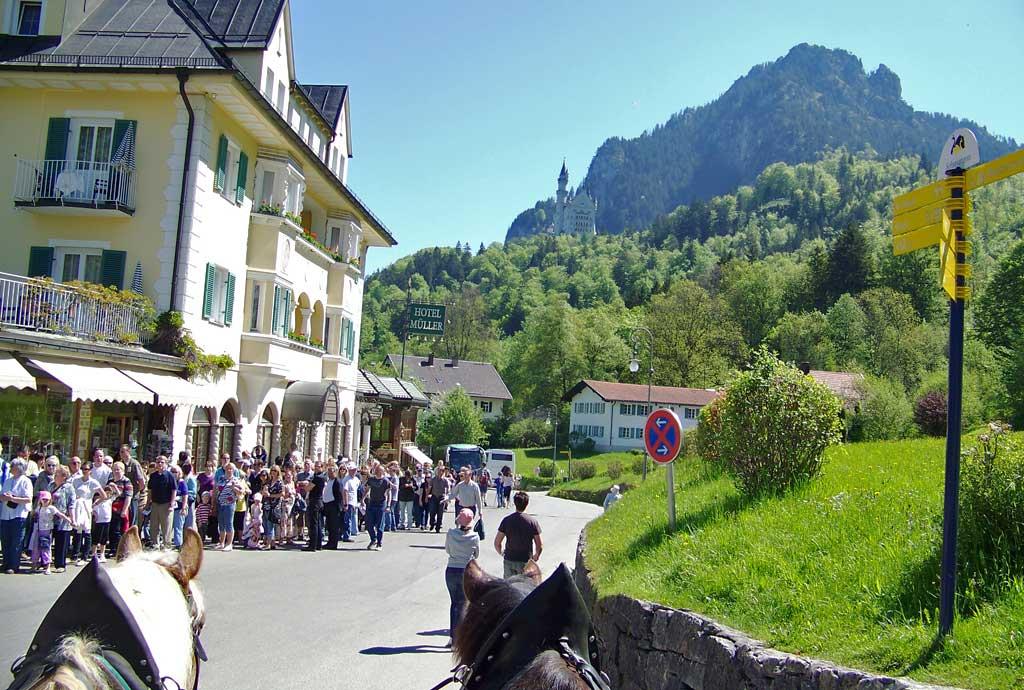 Neuschwanstein Castle Ticket Line, Neuschwanstein Castle Visit