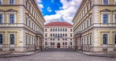 Odeonsplatz Square, Visit Munich